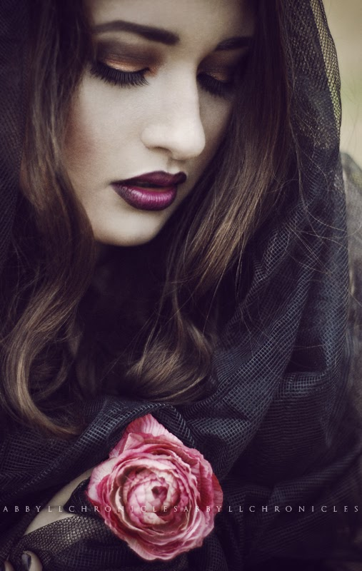 Girl with Rose, Dark Mood, Abbyll Chronicles