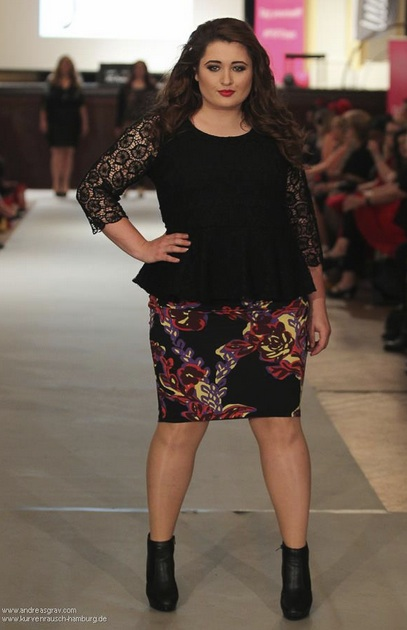 Plus Size Model Hamburg Plus Size Deutschland Bloggerin Instagrammer Curvy Model Body Positivity Wie werde ich Plus Size Model Plus Size Fashion Days Tanja Marfo Modeln
