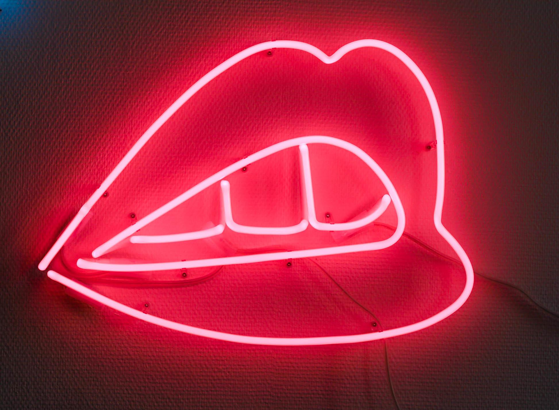 Neonlicht rote Lippen, Neonröhre rot