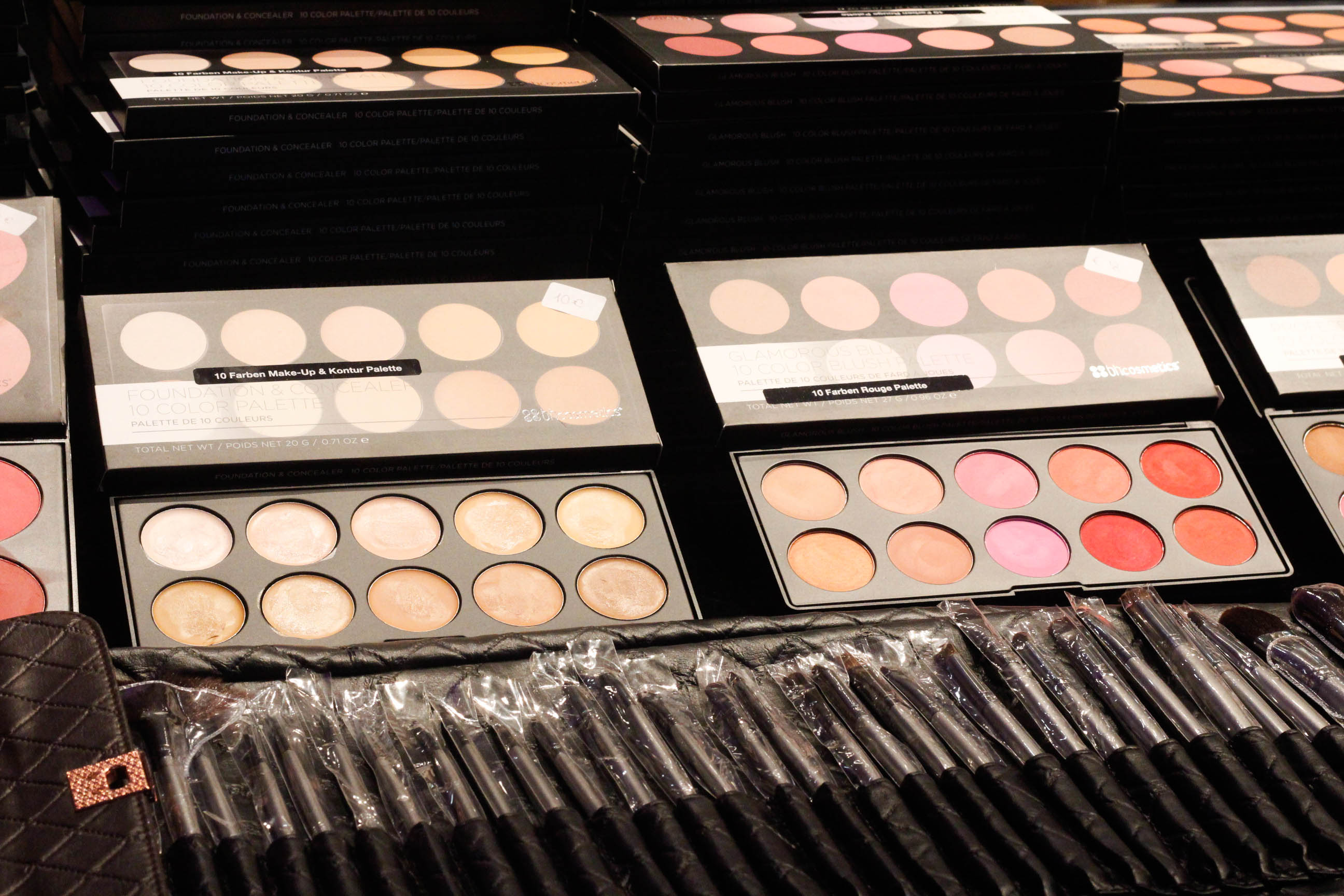 Lancome Messestand Glow Convention Hannover - BH Cosmetics Verkaufsstand