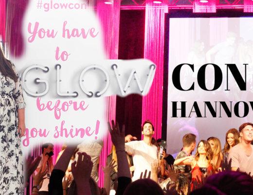 Plus Size Model in einem Maxi Kleid auf der Glow Convention in Hannover