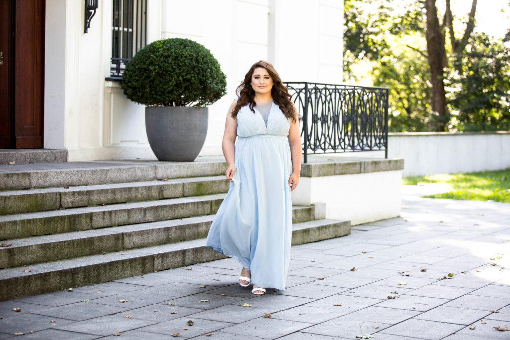 Plus Size Princess Dress_Tüllkleid_hellblau_Yoursclothing_Plussize Model Hamburg
