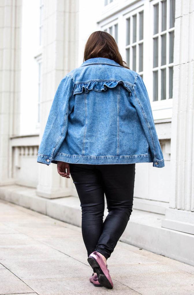 Selbstbewusstsein_staerken_Blog_Deutschland_Instagrammerin_Hamburg_SchoenWild_Lifestyle_Blog_Selbstvertrauen_Sprueche_Tipps_New_Look_Plussize_Outfit_Model (9 von 21).jpg