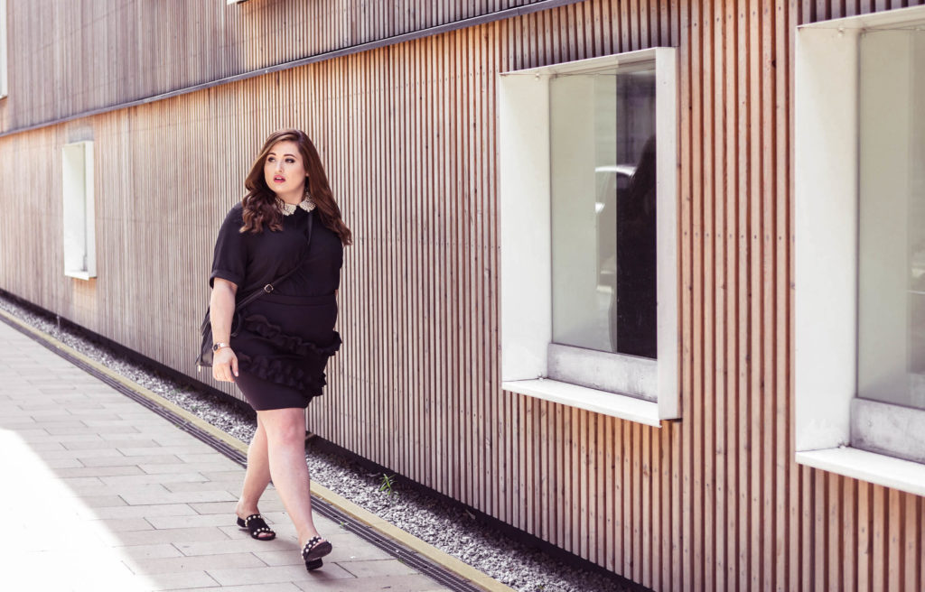 Fashion-Blog-Hamburg-Deutschland-plus-size-fashion-asos-curve-thomas-sabo-uhr-rosegold-tragebild-blogpost