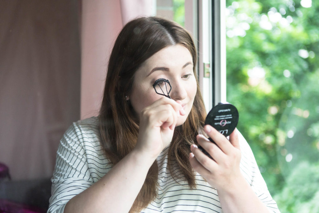 5_minuten-natural-make-up-look-schnell-empfindliche-haut-la-roche-posay-hydraphase-intense-erfahrungsbericht-beauty-blog-deutschland-RESPETISSIME-MASCARA