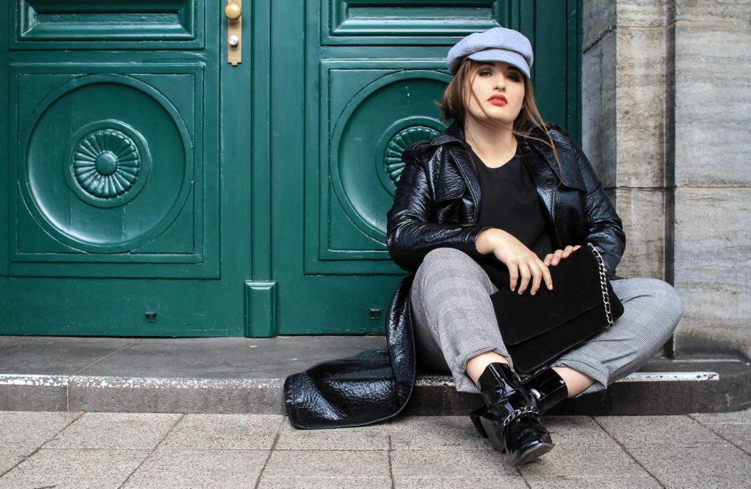 Zalando_Plus_Size_Model_Blog_Jules_High_Fashion_Curvy_Blogger_Bakerboy_Cap_Leather_Body_Positive_Deutschland_Instagrammer_Komfortzone_verlassen_positives_leben_starten